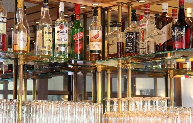 Bastion Schiphol Hoofddorp - Bar - 11