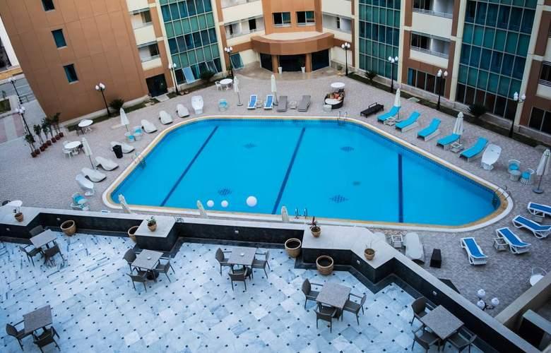 Tolip El Galaa Cairo - Pool - 10