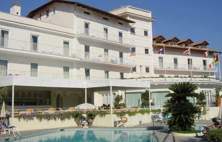 Grand Hotel Aminta - Pool - 6