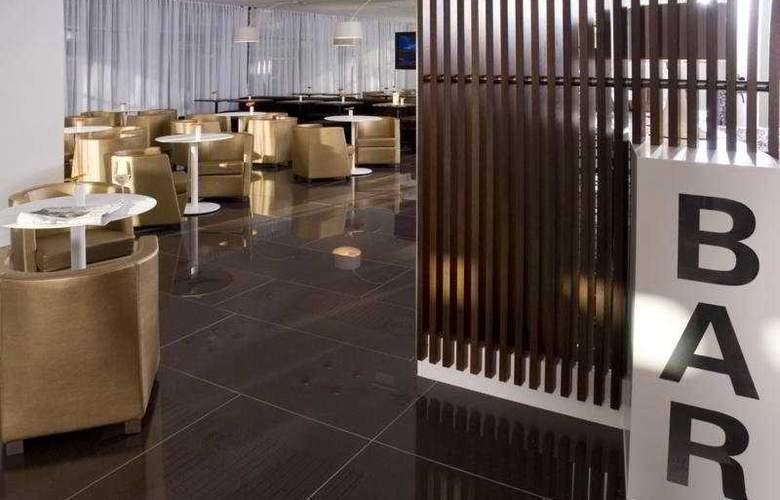 Austria Trend Hotel Bratislava - Bar - 4