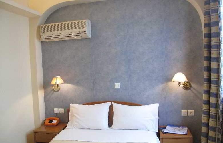 El Greco Hotel - Room - 2