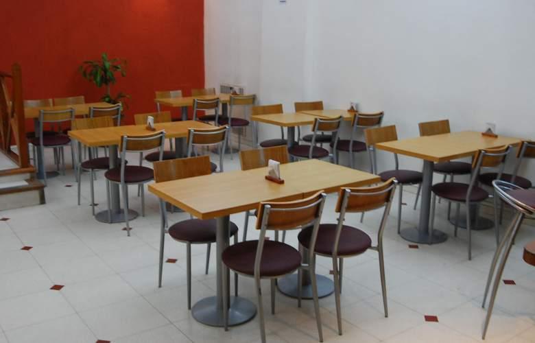 Gran Hotel Orly - Restaurant - 67