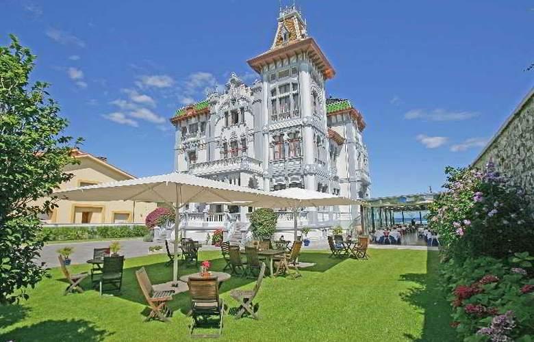 Palacete Villa Rosario - General - 2