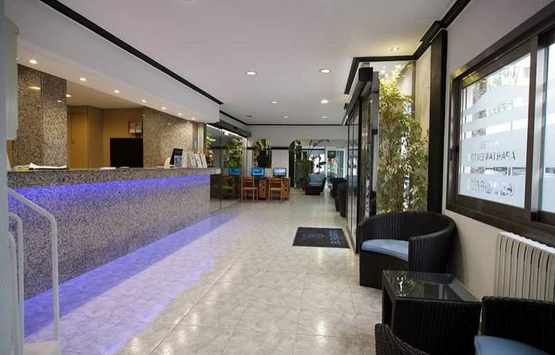 Hotel Apartamentos El Puerto - General - 1