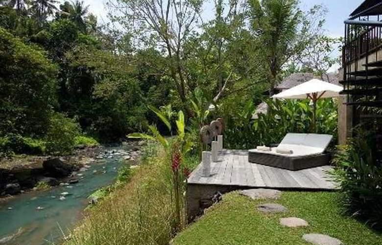 Villa Iskandar - Hotel - 0