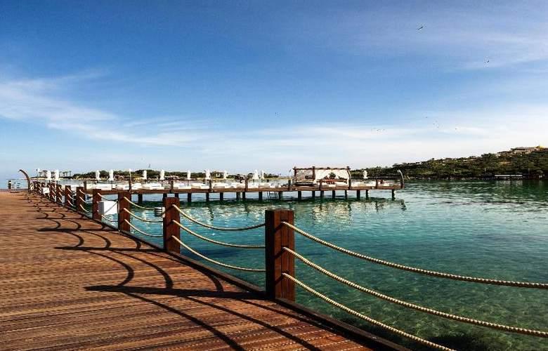 Rixos Premium Bodrum - Beach - 31