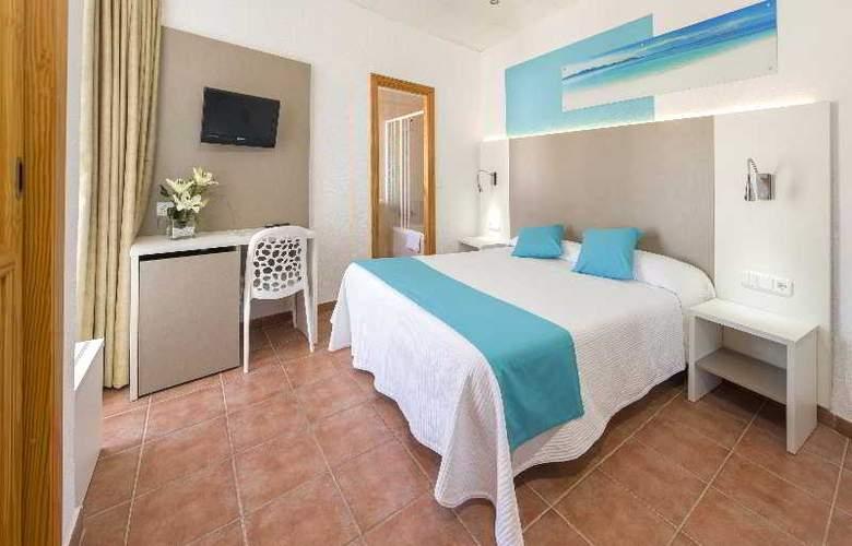 Hostal Adelino - Room - 3
