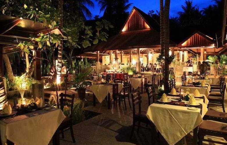 Fair House Beach Resort & Hotel - Restaurant - 12
