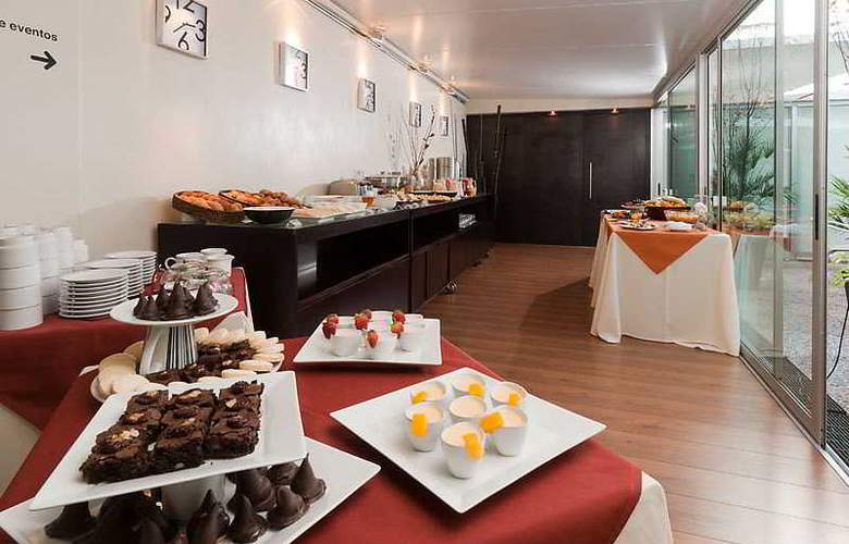Punta Trouville Apart - Restaurant - 17