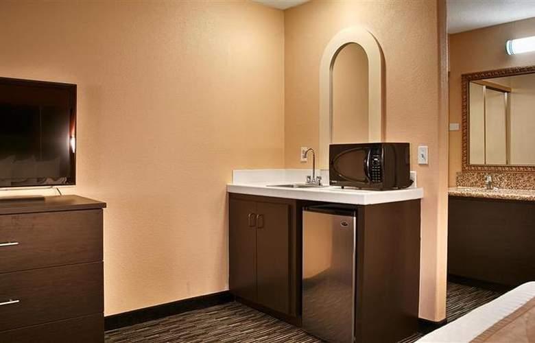 Best Western Desert Villa Inn - Room - 16