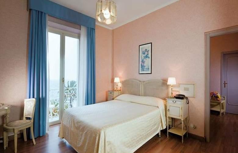 Miramare Continental Palace - Hotel - 2