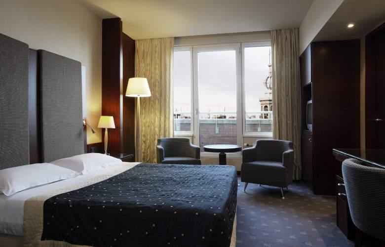 NH Carlton Amsterdam - Room - 4