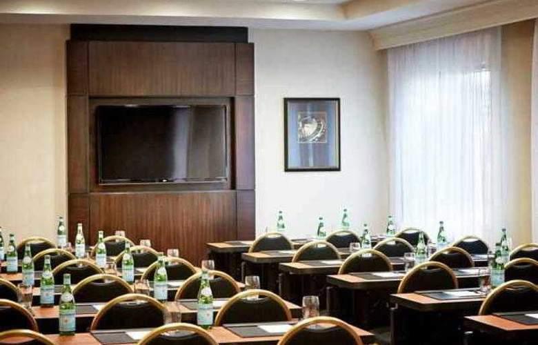 Marriott Suites Las Vegas - Hotel - 13