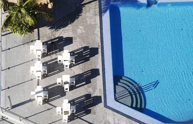 Sandos Monaco Beach Hotel and Spa - Pool - 19