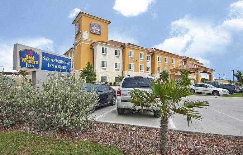 Best Western Plus San Antonio East Inn & Suites - Hotel - 14