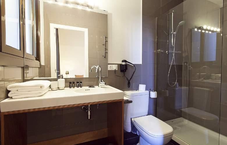 Aspasios 42 Rambla Catalunya Suites - Room - 14