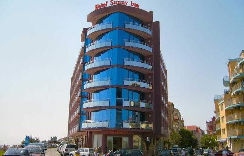 Sunny Bay - Hotel - 0