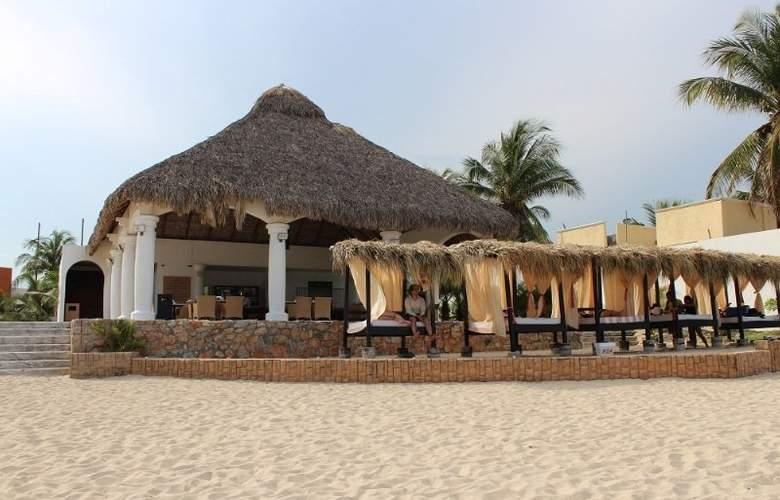 La Isla Huatulco - Beach - 9