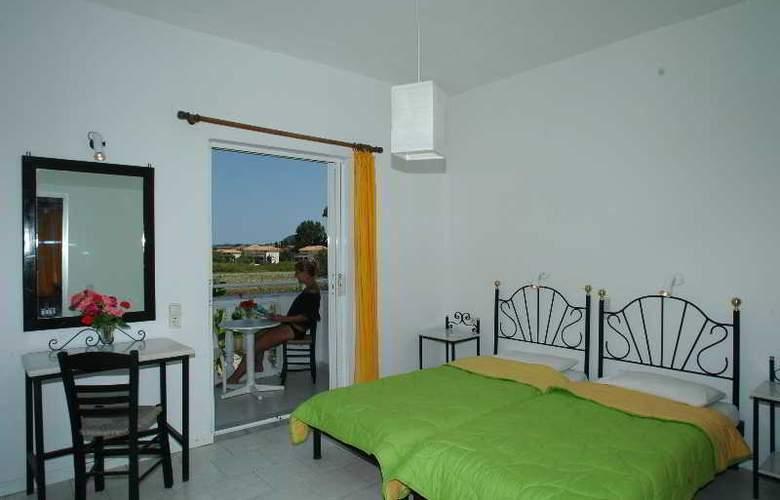 Mirsini Studios - Room - 1