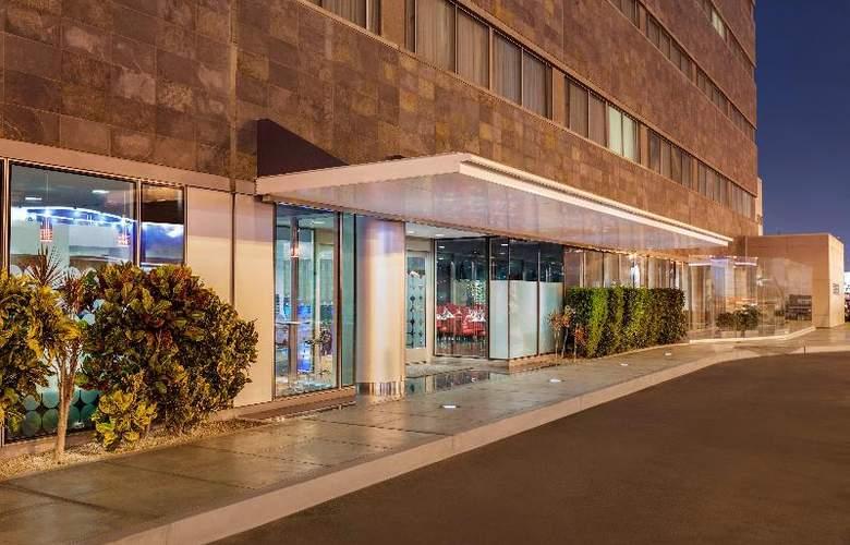 Costa del Sol Wyndham Lima Airport - Hotel - 13