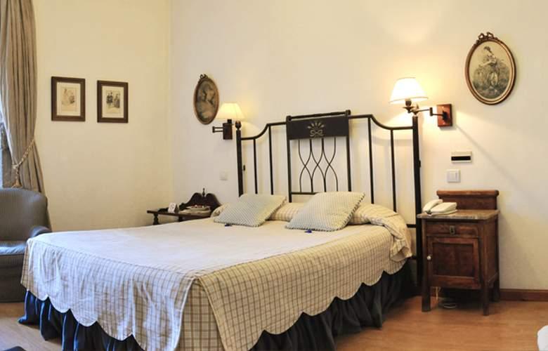Hotel Palacio Torre de Ruesga - Room - 2