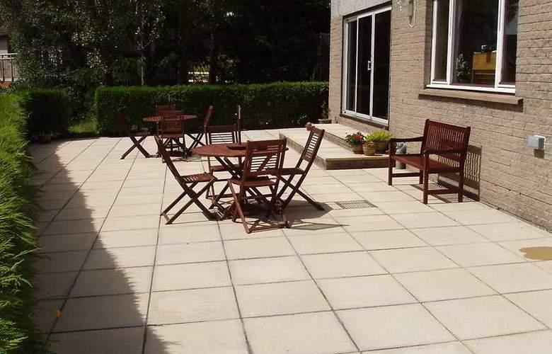 Braeburn Guest House - Terrace - 3