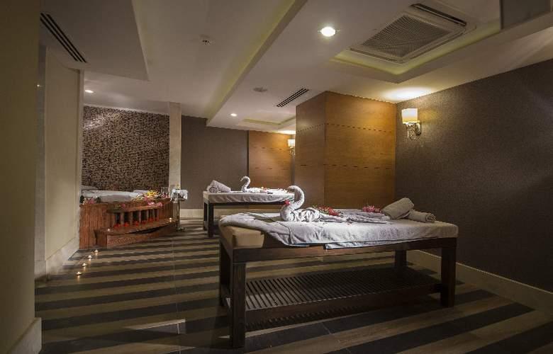 Ramada Resort Lara - Sport - 29
