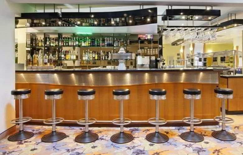 Holiday Inn Berlin Mitte - Bar - 5