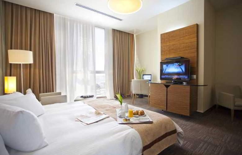 Landmark Hotel - Room - 6