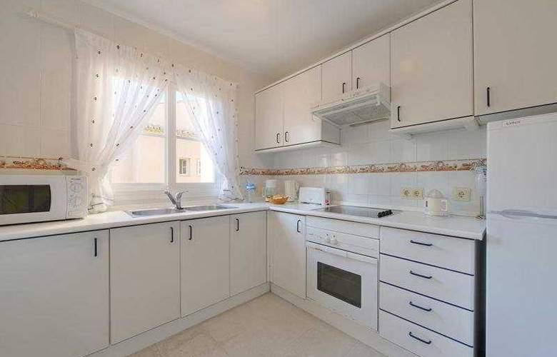 Mijas Costa Apartments - Room - 2