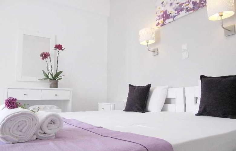 Camara - Room - 8
