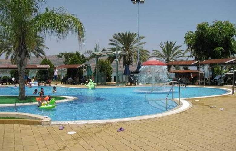 Kibbutz Maagan - Pool - 7