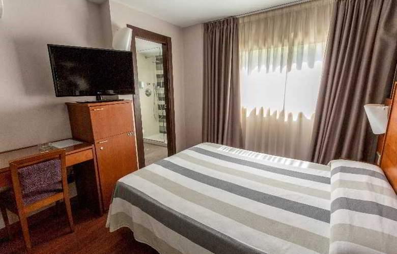Nuevo Torreluz - Room - 22