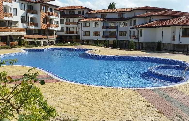 Festa Gardenia Hills - Pool - 12