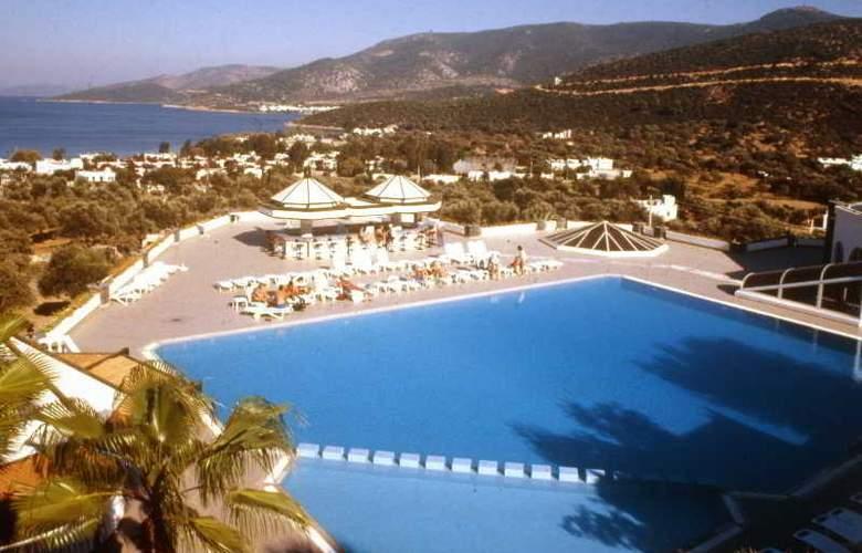 Caliente Bodrum Resort - Pool - 8