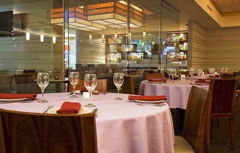 Holiday Inn Civic Center - Restaurant - 5