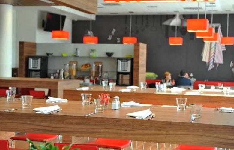 Ibis Krakow Stare Miasto - Restaurant - 27