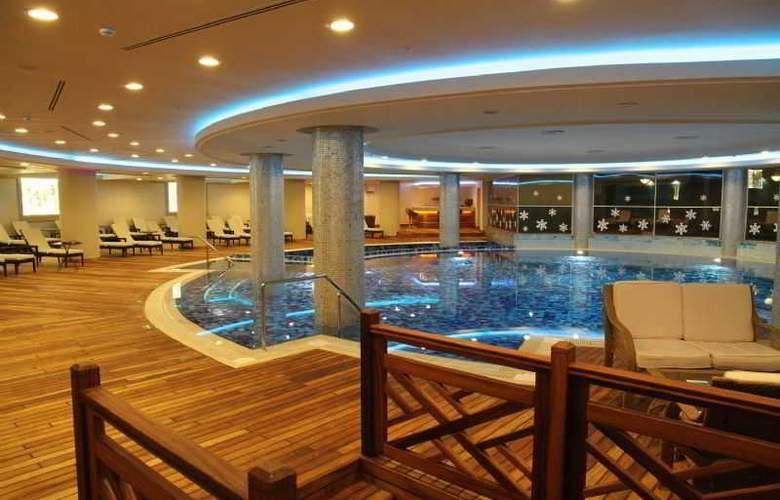 Gural Sapanca Wellnes Park Otel - Pool - 16