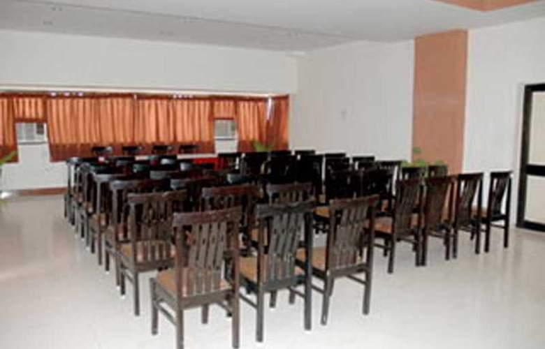 Savshanti Towers - Conference - 2