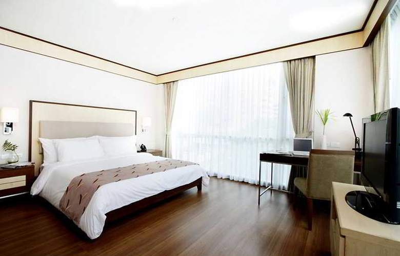 Adelphi Suites - Room - 3