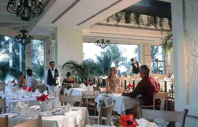 Riu Caribe - Restaurant - 9