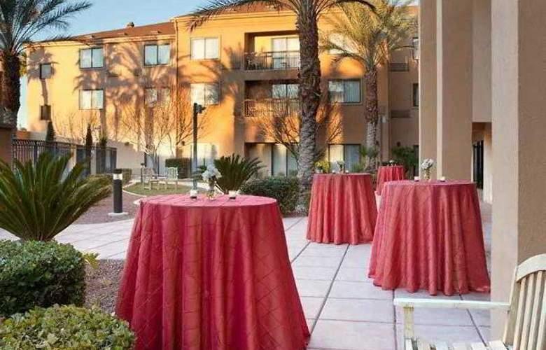 Courtyard Las Vegas Summerlin - Hotel - 14
