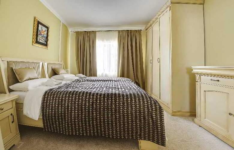 Villa Saga Paradiso - Room - 24