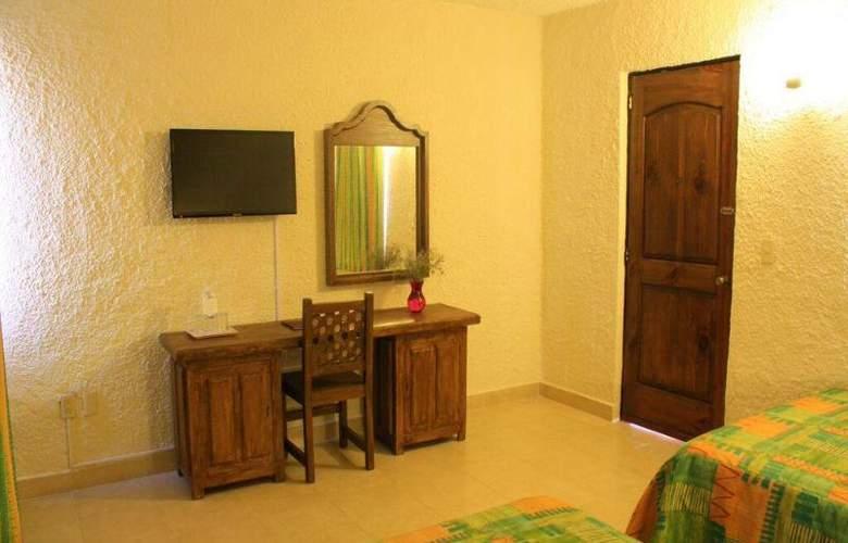 La Abadia Plaza - Room - 17