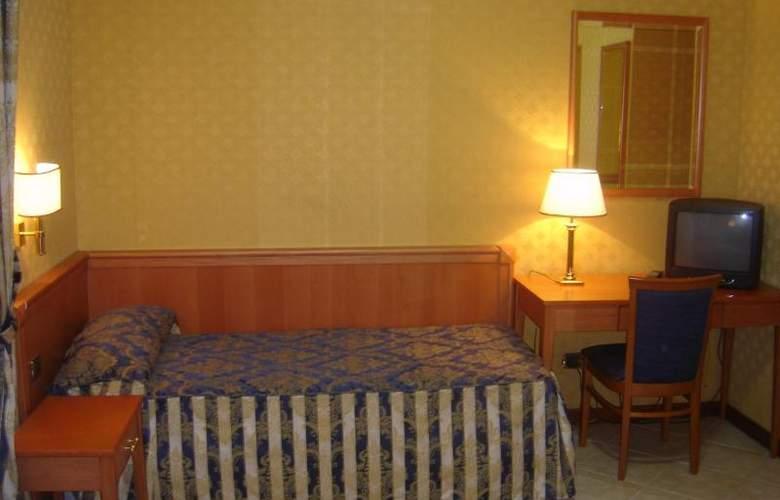 Mariano - Room - 7