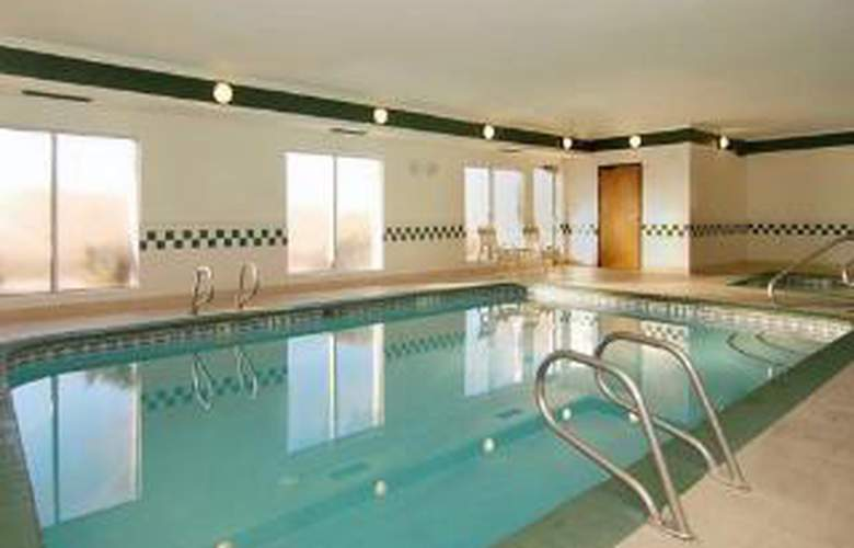 Comfort Inn & Suites North - Pool - 5