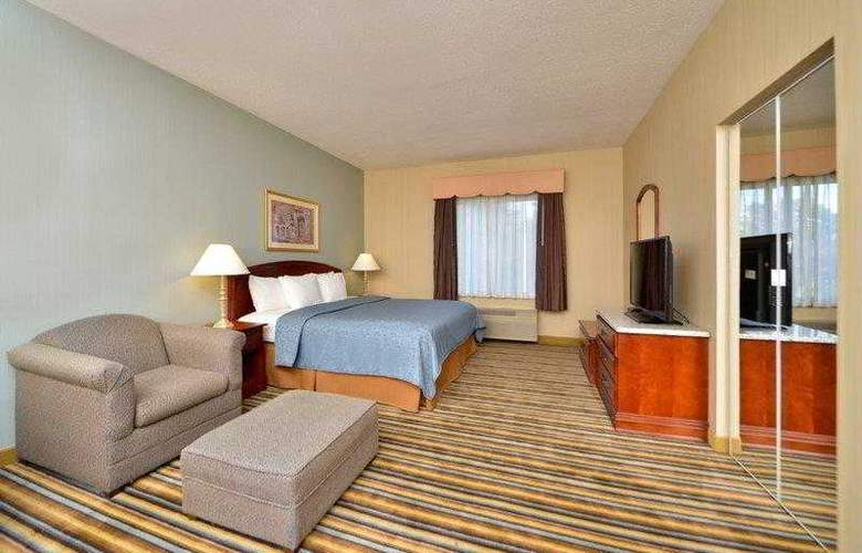 Best Western Plus New England Inn & Suites - Hotel - 10