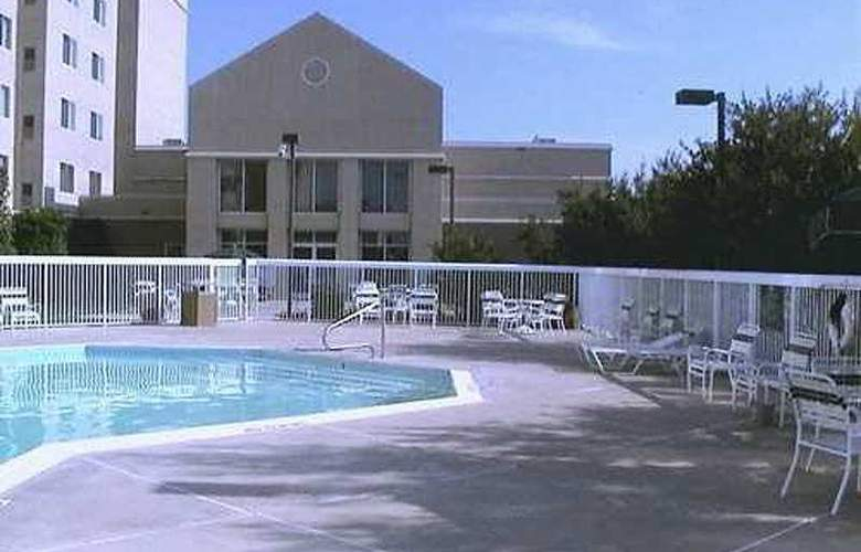 Homewood Suites Market Center - Pool - 2