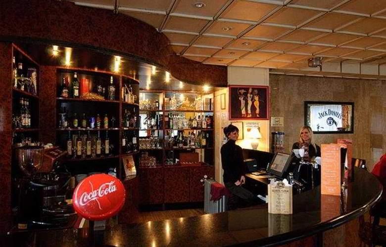 Europa Hotels & Congress Center - Standard - Bar - 10