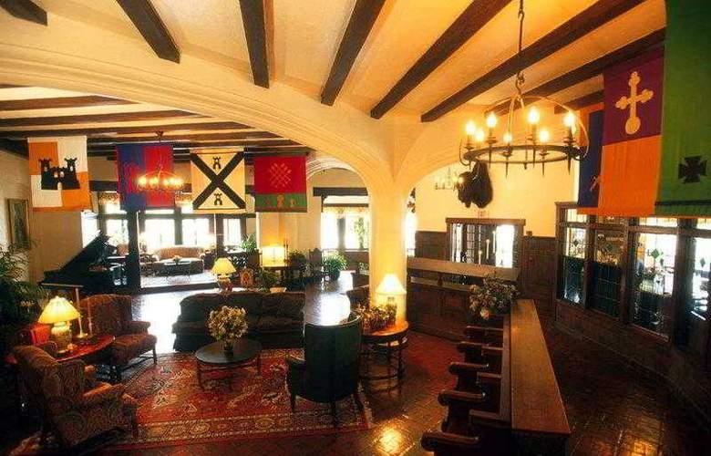 Best Western Premier Mariemont Inn - Hotel - 9